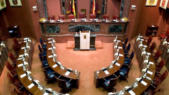Salón de plenos de la Asamblea Regional