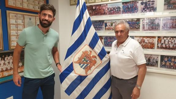 Molo, en su presentación como técnico del Águilas, junto a Alfonso García.