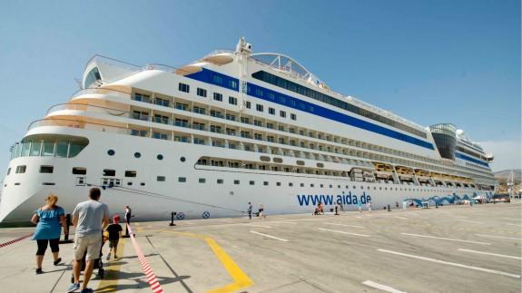 Los cruceros vuelven al puerto de Cartagena