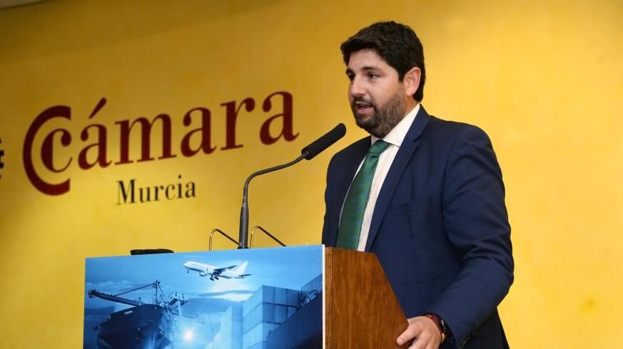 Miras durante su participación en un foro sobre infraestructuras en Murcia