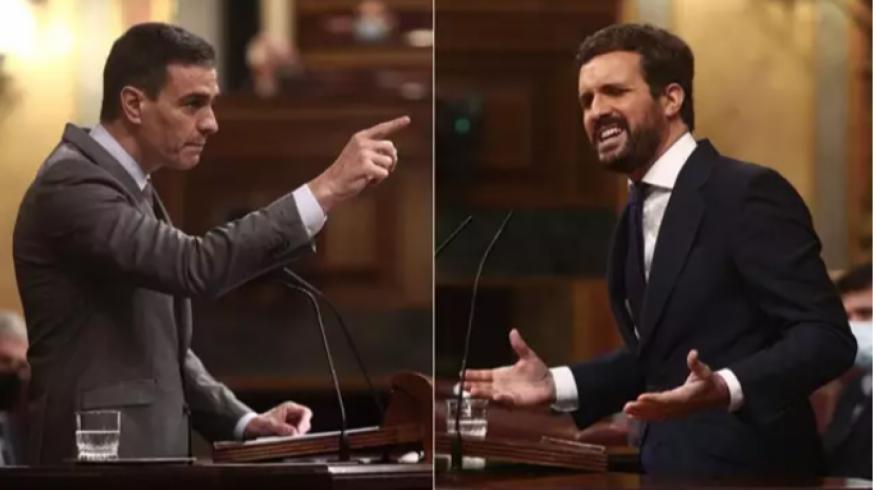 Pedro Sánchez y Pablo Casado en el Congreso