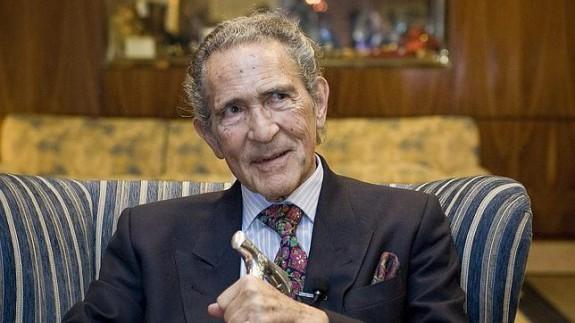 VIVA LA RADIO. Elogio a la palabra hablada. Antonio Gala busca refugio en Murcia