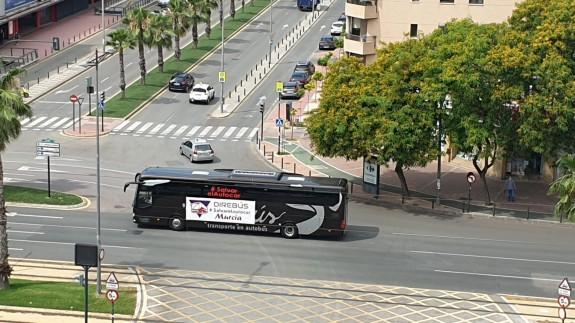 El sector del transporte en autobús se manifiesta en demanda de medidas ante la crisis