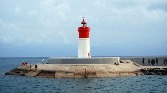 Faro de Navidad, próximo al futuro CATE. Ayto Cartagena
