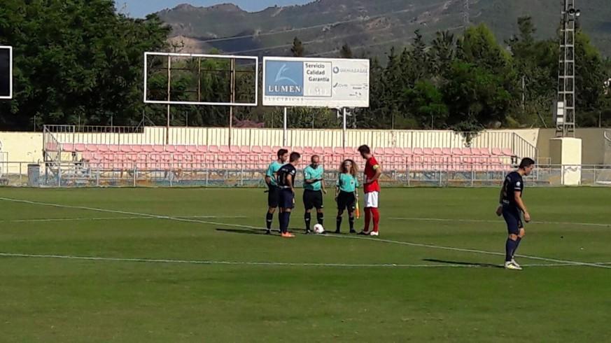 Sorteo de campo antes del UCAM B-Deportiva Minera (foto: ORM)