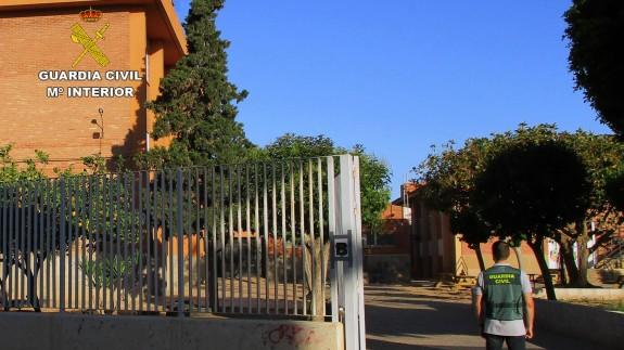 Guardia Civil en el instituto Ruiz de Alda de San javier