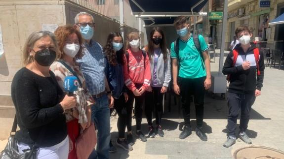 Alumnos y profesores de Cieza. CLAUDIO CABALLERO