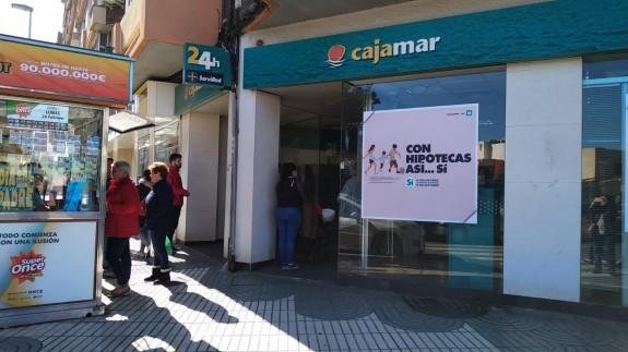 Sucursal bancaria donde ha ocurrido el atraco en Cartagena.