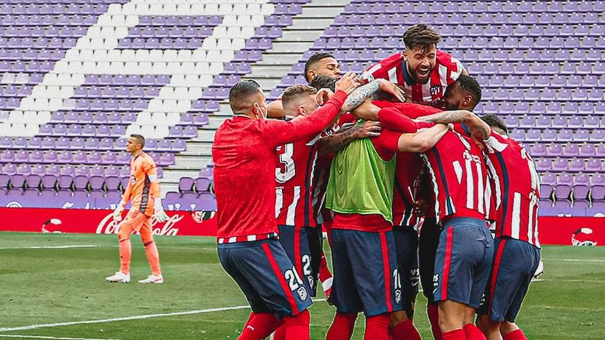 Los jugadores del Atlético de Madrid celebran el triunfo