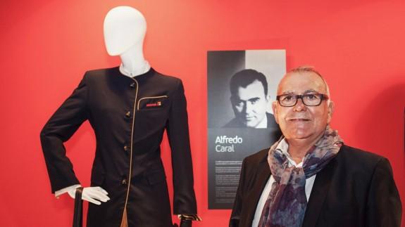 Alfredo Caral, diseñador de moda y artesano