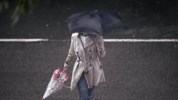 El año comienza en la Región con lluvia y frío. EP
