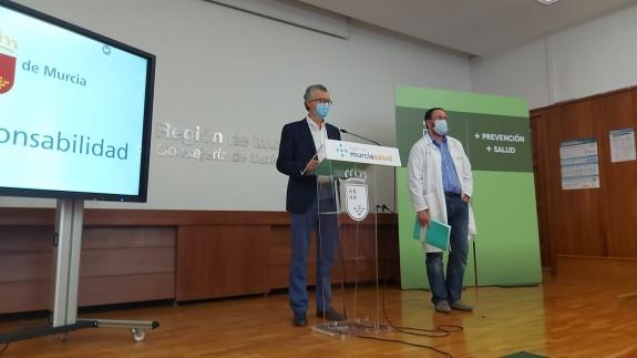 Juan José Pedreño y Jaime Pérez, tras la reunión del Comité Covid. ORM