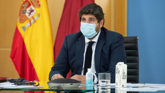 López Miras durante la reunión telemática con Sánchez