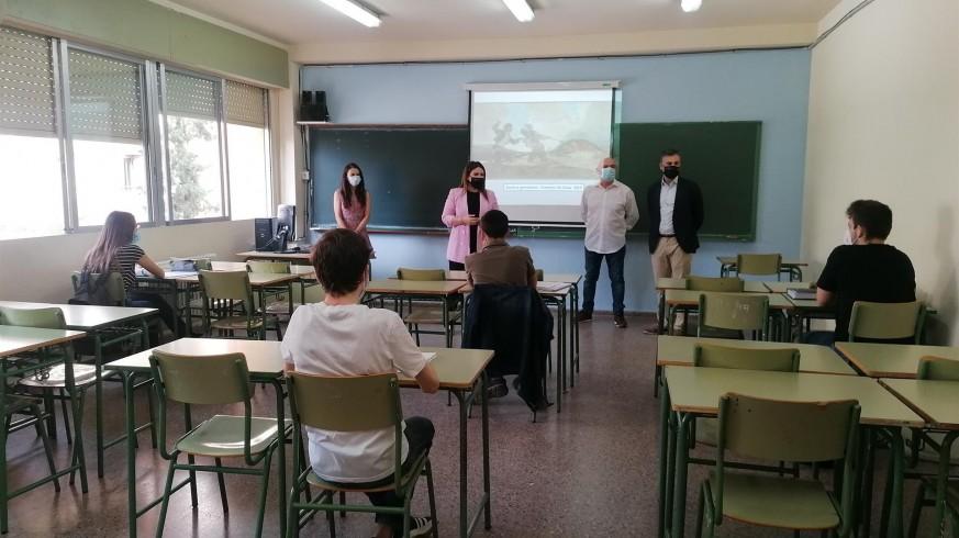 Alumnos de ESO en la vuelta a las aulas tras la crisis sanitaria