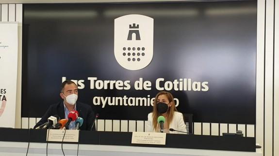 Antonio Contreras (PSOE) y María Ángeles Fernández (Cs). ORM