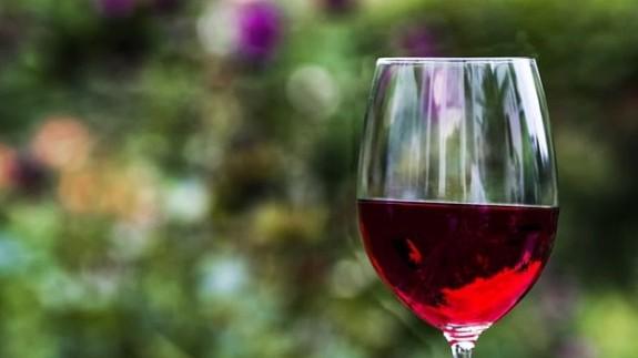Preocupación en el sector del vino por la subida del 25% de aranceles anunciada por Trump