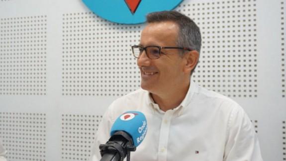 Diego Conesa en los estudios de Onda Regional