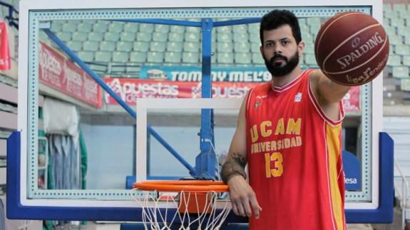 El pívot brasileño Vítor Faverani vuelve al UCAM Murcia CB