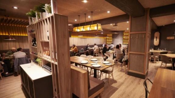 Comensales en el interior de un restaurante. Foto: Europa Press
