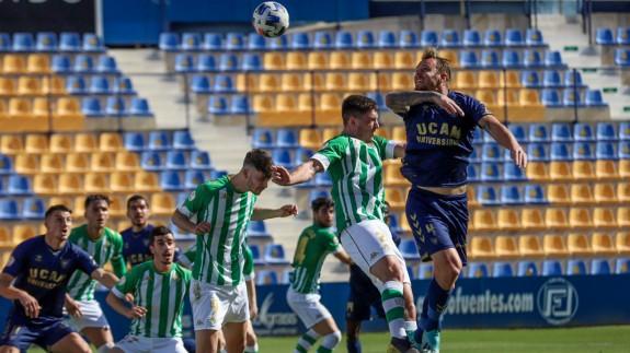 El UCAM sigue atascado y empata 1-1 frente al Betis Deportivo
