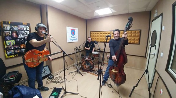 MÚSICA DE CONTRABANDO. Entrevista a Cassinello Trio