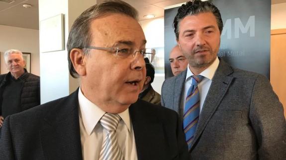 Patricio Valverde junto al presidente de la FREMM,