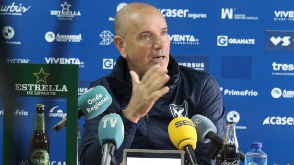 """Miguel Rivera hará varios cambios """"obligados"""" en el UCAM de la Copa del Rey"""