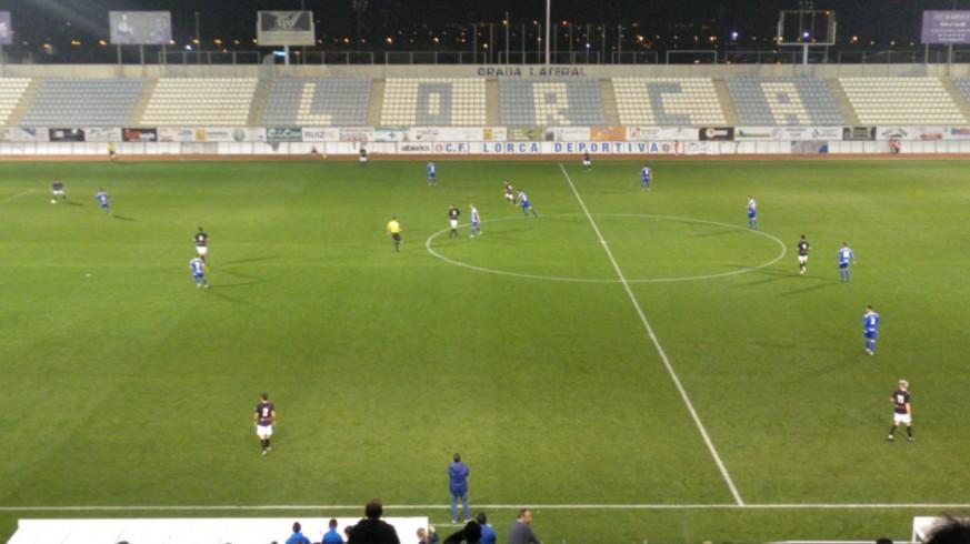 El Mar Menor vence de penalti al Lorca Deportiva  0-1