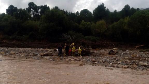 Tareas de búsqueda junto al río Francolí en Tarragona