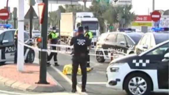 Muere un motorista de 53 años tras chocar contra una furgoneta en Murcia