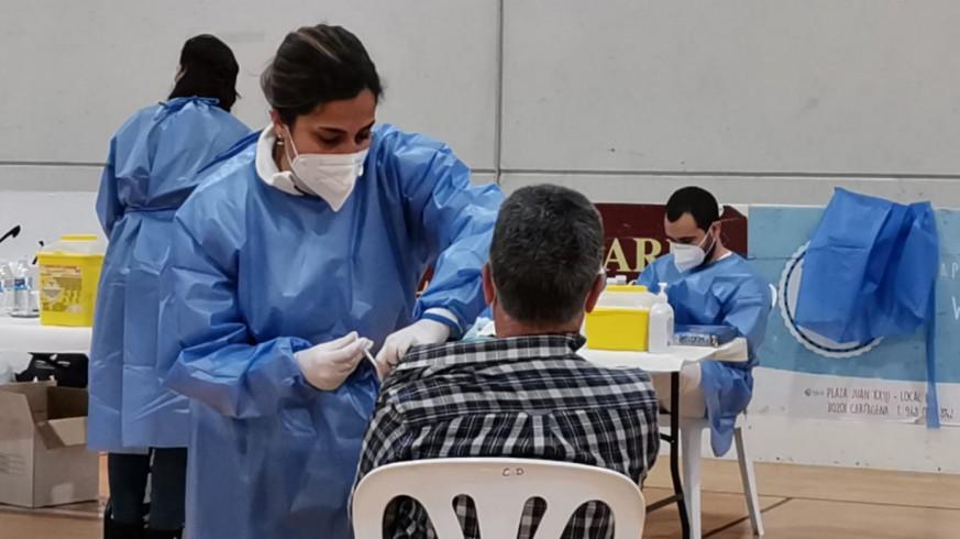 Vacunación en el Pabellón Cabezo Beaza de Cartagena
