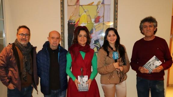 La compañía Teatro 'delGÜENO' con Sandra García y Paco López Mengual