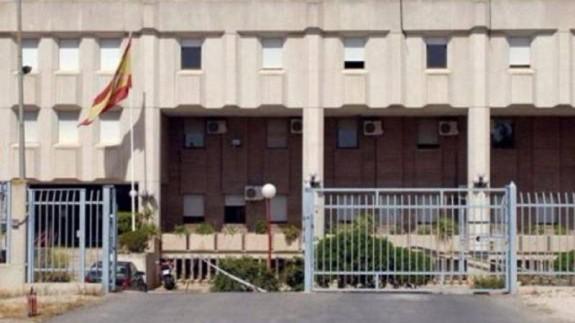 Centro de Internamiento de Extranjeros (Sangonera la Verde)