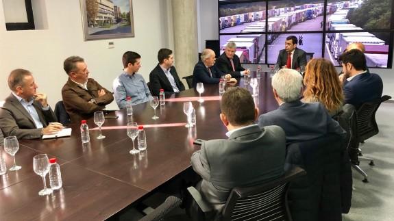 Reunión del consejero de Fomento con los responsables de la patronal del transporte