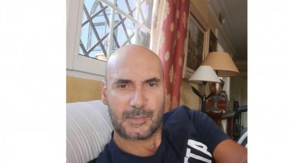 Enrique recuperándose en su casa