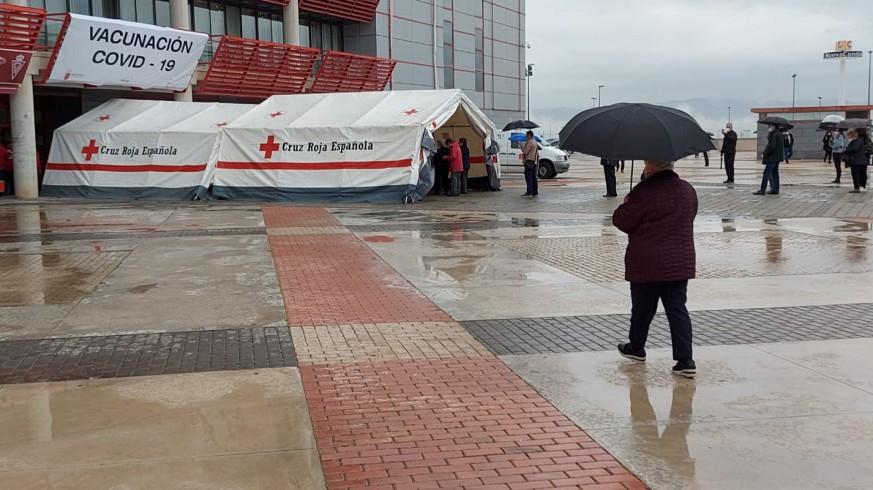 Comienza la vacunación masiva en el estadio Enrique Roca (Nueva Condomina)