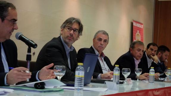 El Real Murcia se blinda frente a socios mayoritarios e inicia acciones legales contra los anteriores responsables del club