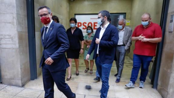 Conesa, sale de la sede del partido tras anunciar que no se presentará a la reelección