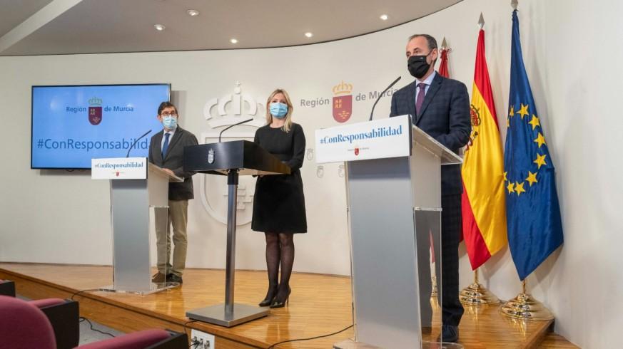 Villegas, Martínez Vidal y Celdrán en la rueda de prensa tras la reunión del Consejo de Gobierno. CARM