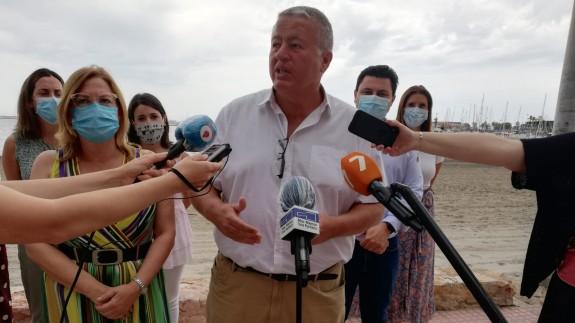 Rueda de prensa ofrecida por Bernabé y alcaldes en San Pedro