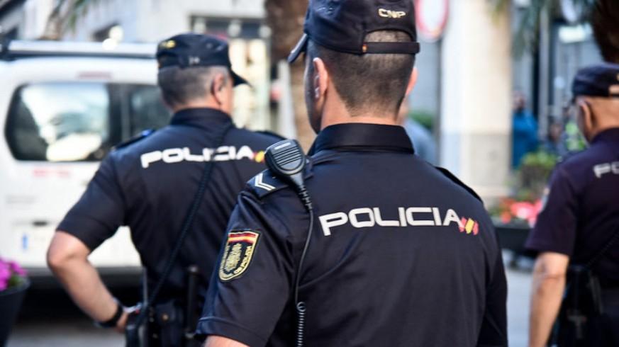 LA RADIO DEL SIGLO. El lanzadestellos. Planes preventivos de seguridad de la Policía Nacional (I)