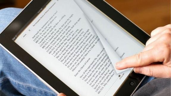 VIVA LA RADIO. La Biblioteca Regional ofrece más de 5.500 títulos en préstamo electrónico