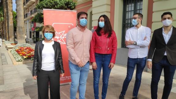 Miembros del PSOE y de las juventudes socialistas en la región. ORM