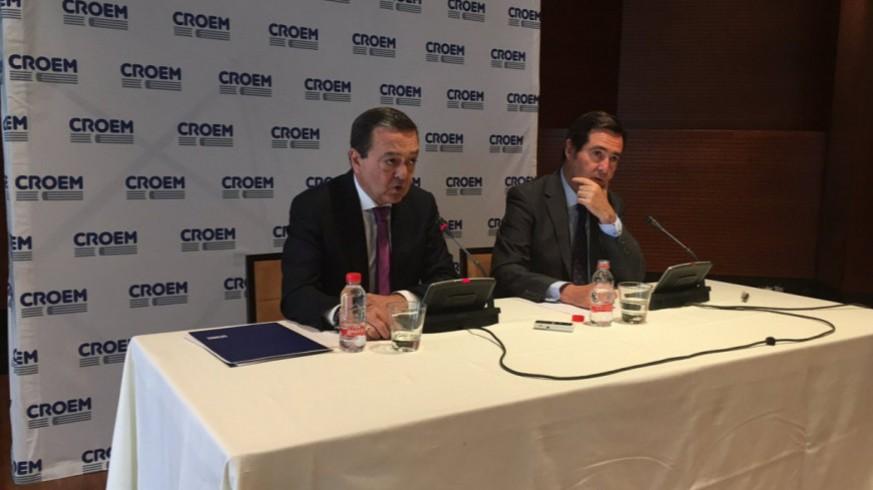 Garamendi junto al presidente de CROEM José Mª Albarracín en una imagen de archivo. CROEM