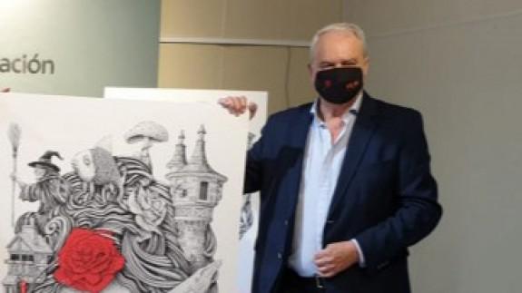 Asensio Piqueras con el cartel de la feria. CARM