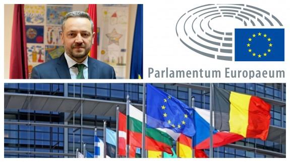 PLAZA PÚBLICA. Juan José Martínez: Estamos aquí para incentivar y ayudar a las entidades locales, a participar en proyectos europeos