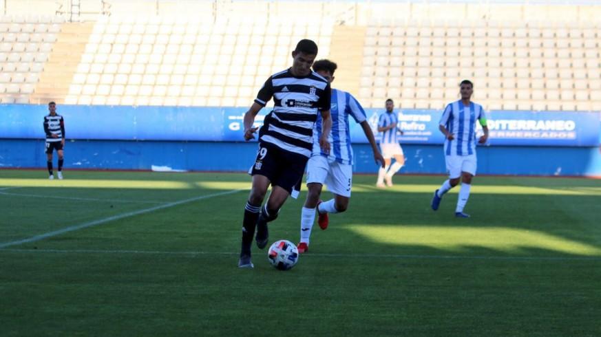 El Cartagena B cumple ante el Lorca y jugará por el ascenso  0-2