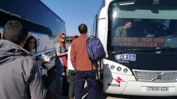 Servicio de autobuses en el aeropuerto de Corvera