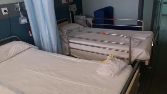 Camas habilitadas en el hospital del Rossell. Foto del área 2 de salud