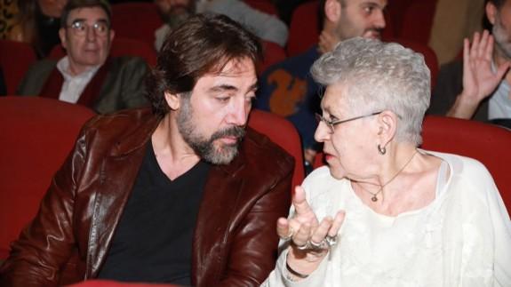 Pilar Bardem con su hijo Javier. Foto: Europa Press